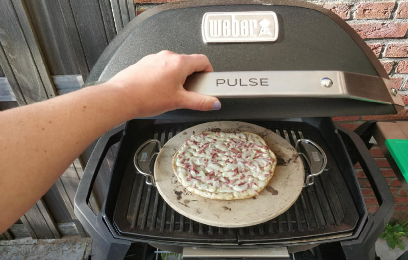 Weber Pulse flamekuchen